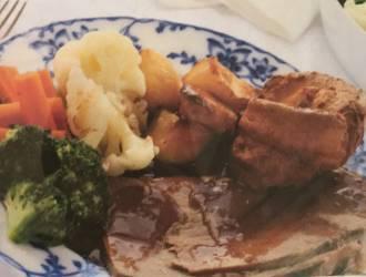 Sunday roast lunches